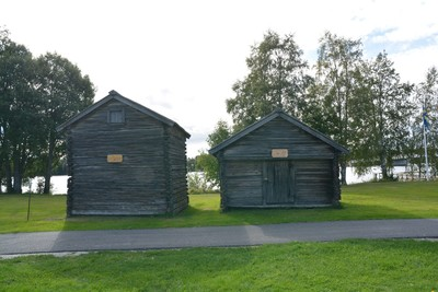 The two store cabins