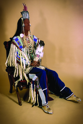 21 medicine crow regalia on mannequin at tp