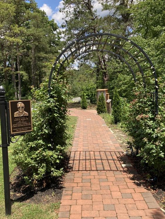 Dmi rosary entranceway img 5464